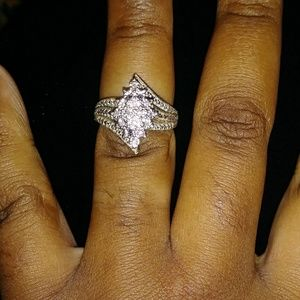 Jewelry - Gold plated diamond accent cluster ring